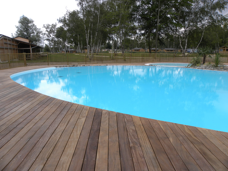 Installation piscine bois hors sol aquamag amenagement for Installation piscine